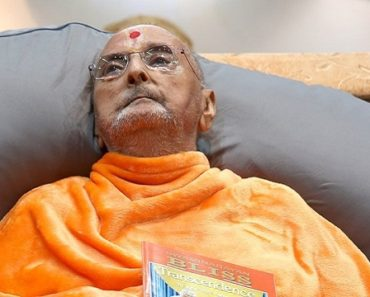 Pramukh Swami Maharaj passes away